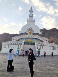 shanti-stupa450x600